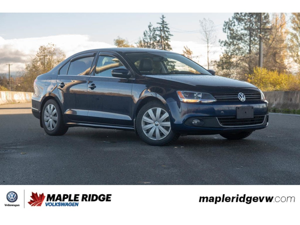 Pre-Owned 2014 Volkswagen Jetta - MANUAL,DIESEL,LEATHER,SUNROOF