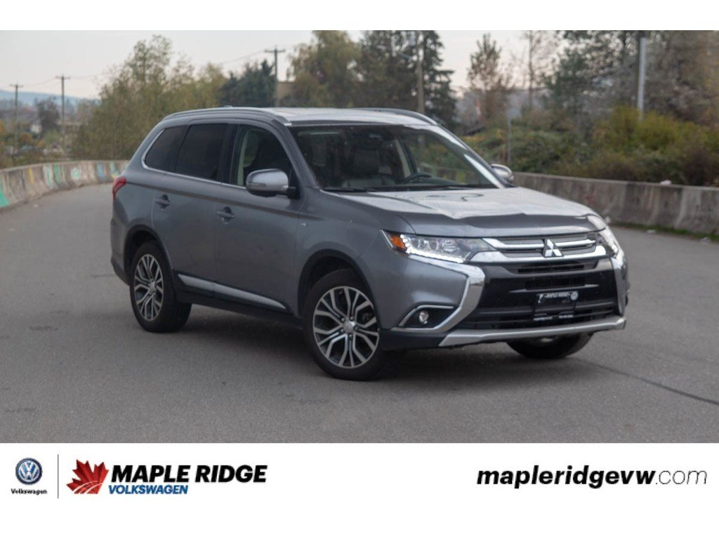 Pre Owned 2017 Mitsubishi Outlander Gt Bc Car Super Low Km All